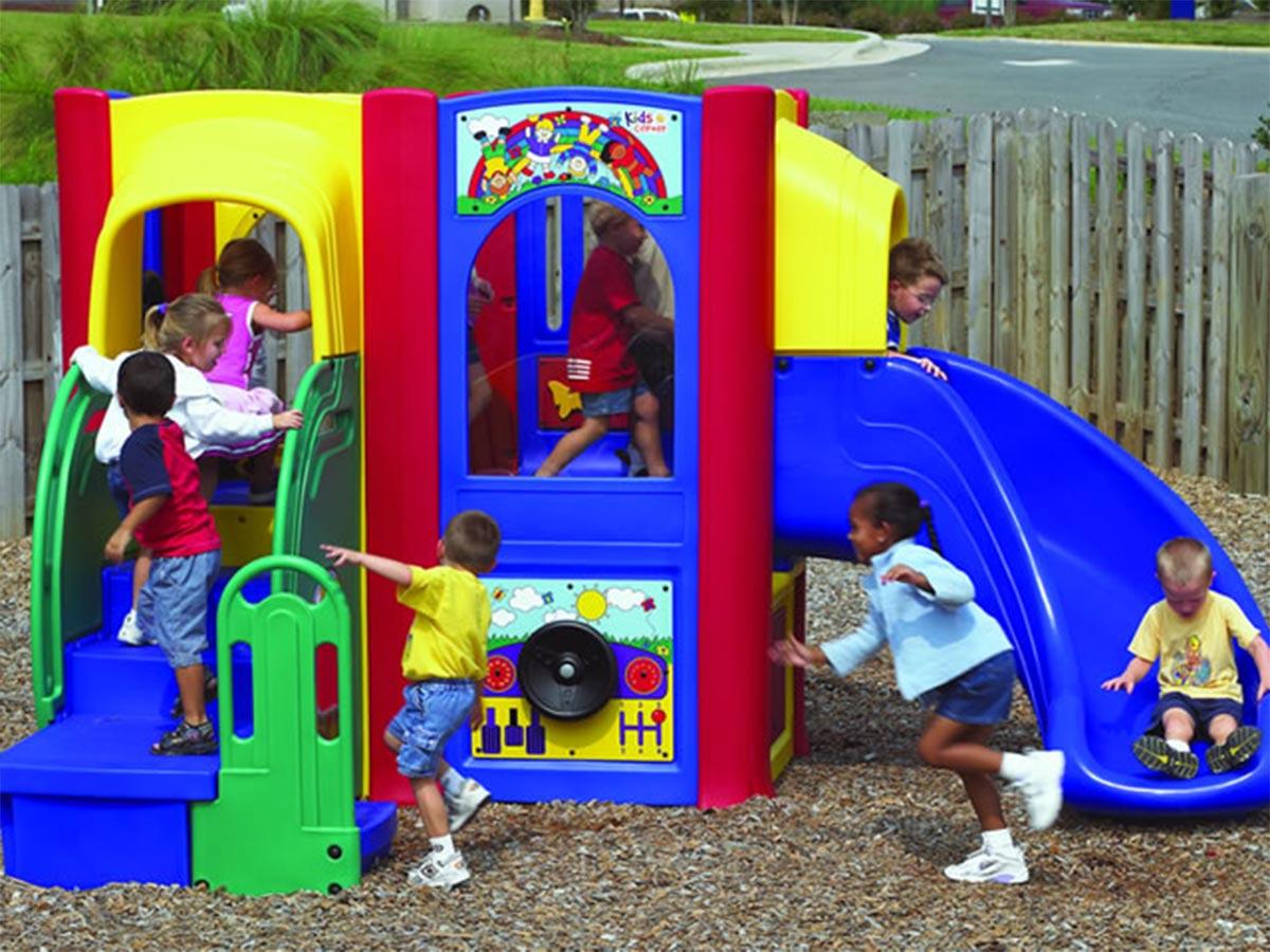 2 Deck Kids Corner