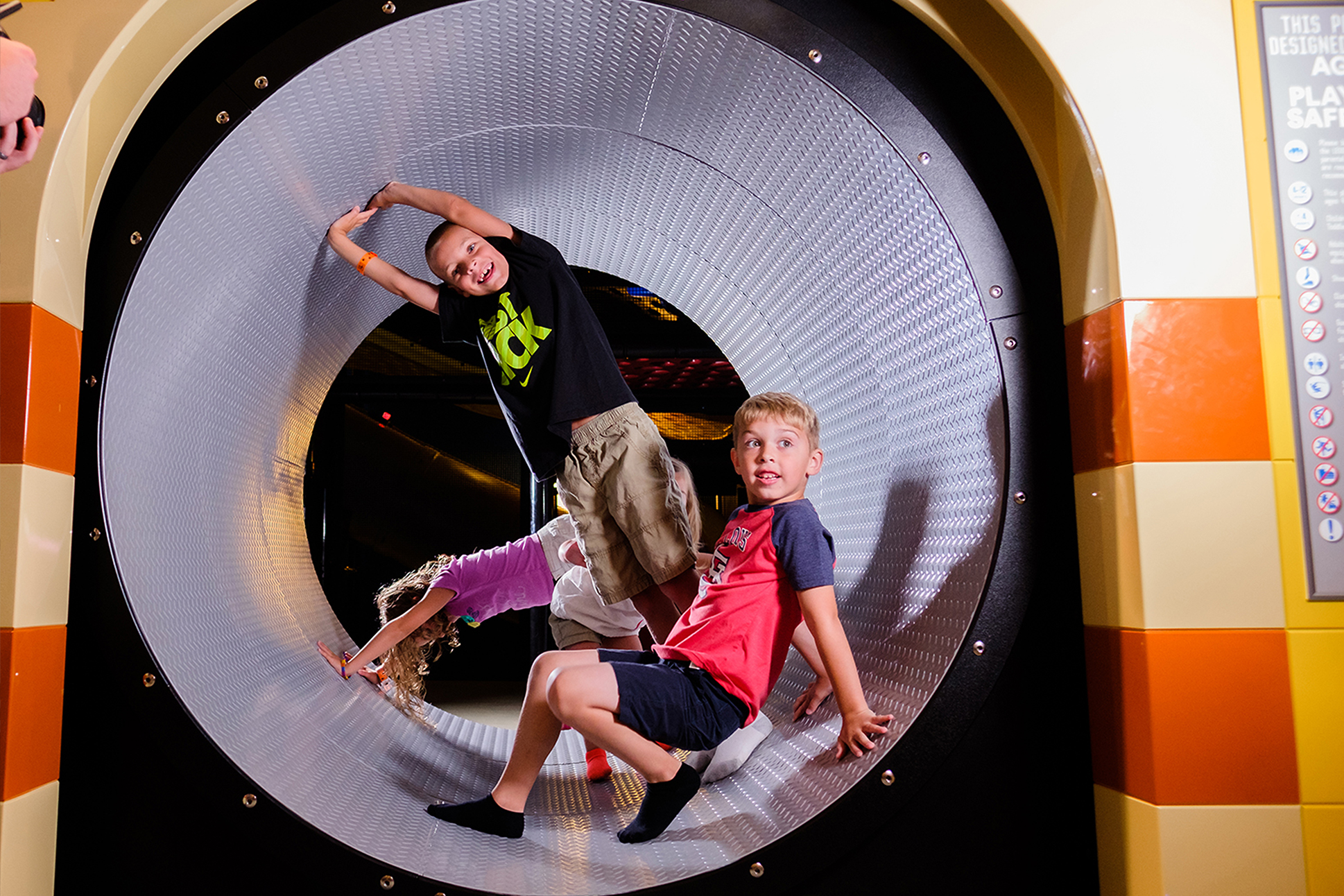 Children climbing in tunnel Legoland