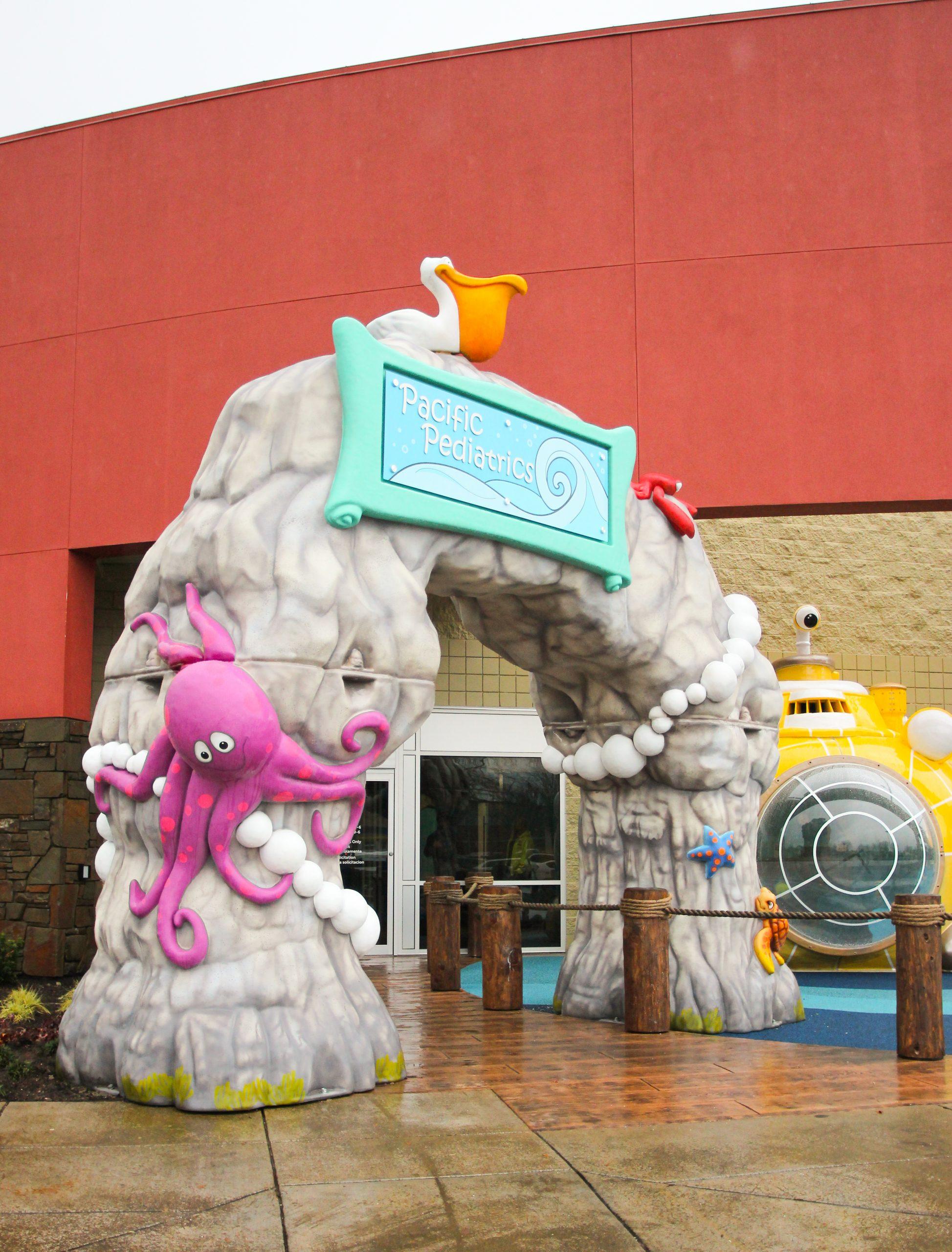 Outdoor aquarium entrance