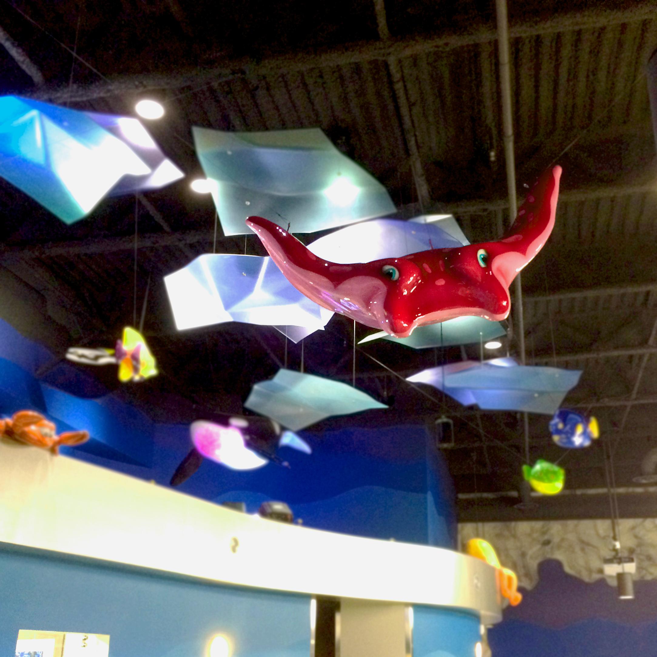 Aquarium hanging sculpture