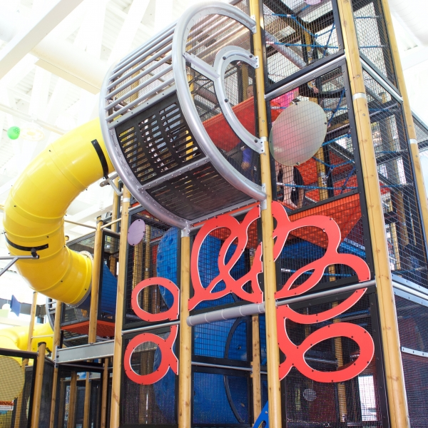 Sand_Lake_Worlds_Largest_McDonalds_Soft_Play
